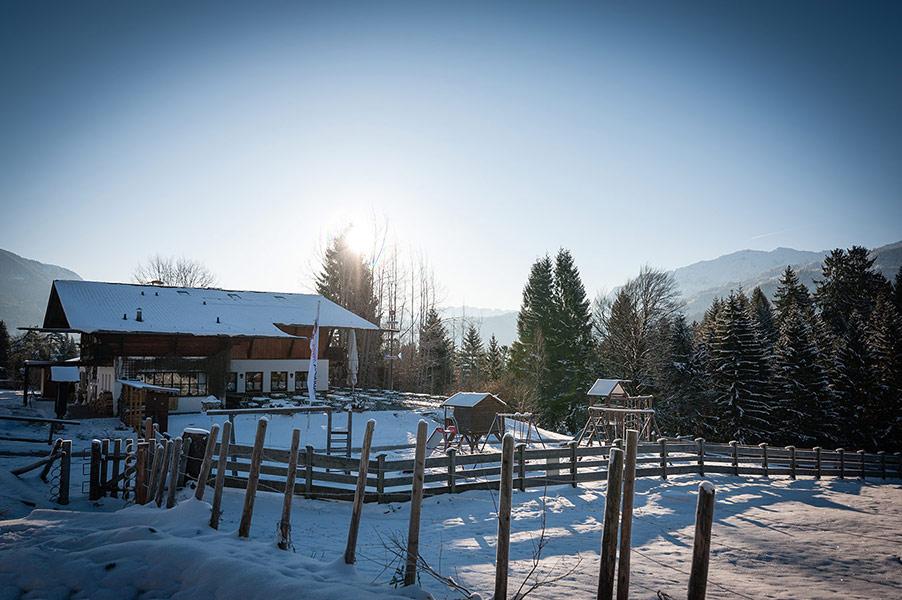 Berggsthof-Almhuette-Windbeutelalm-Garmisch-Partenkirchen-Terrasse006.jpg